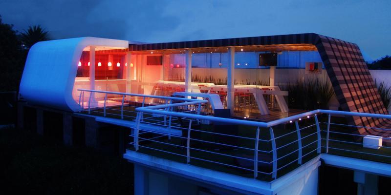 Cafeteria Azul y Rojo